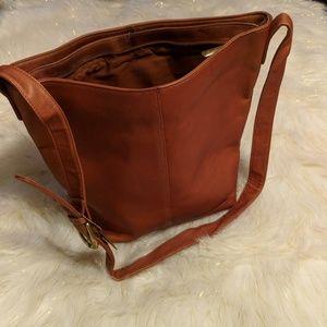 07eeca1b6420 stone mountain Bags - Ladies Stone Mountain handbag.